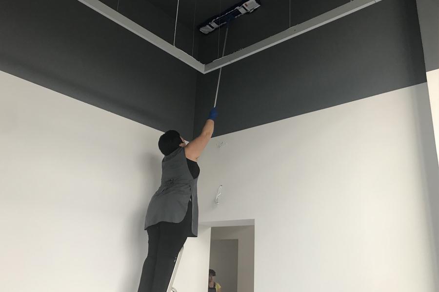 Чистка потолка - клининг КУМ
